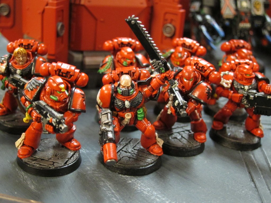 It almost killed him, his dad, and even Tom M to get in done in time for Adepticon, but Colin's Blood Angels came out impressively well and superbly retro-40k styled.