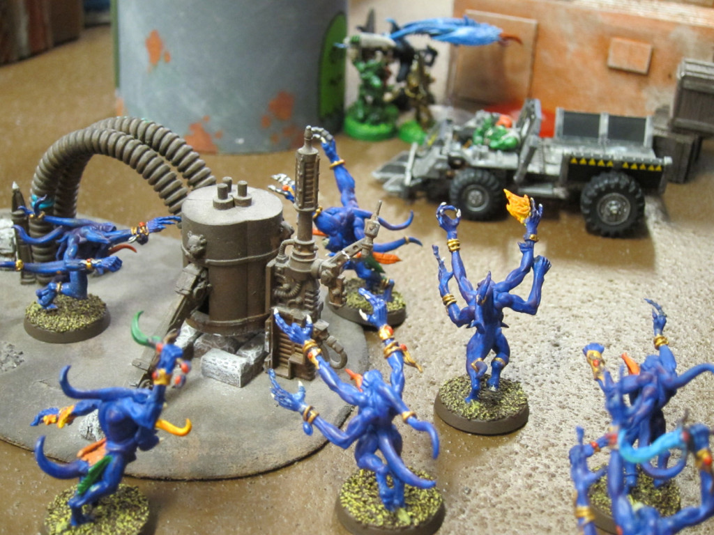 Horrors and orks goin' at it.
