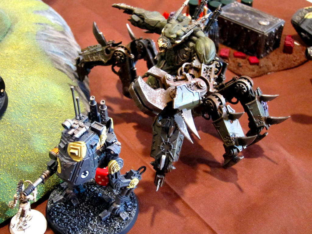 A Soulgrinder prepares to crush a lesser walker.